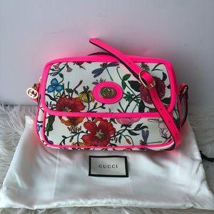 Authentic Gucci small flora shoulder bag